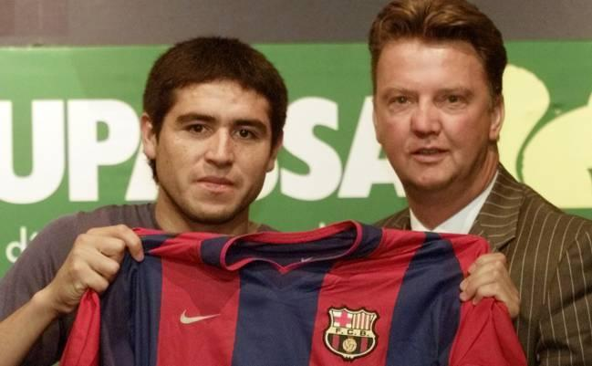 Revelan cómo fueron los fichajes de Maradona, Riquelme y Messi con Barcelona