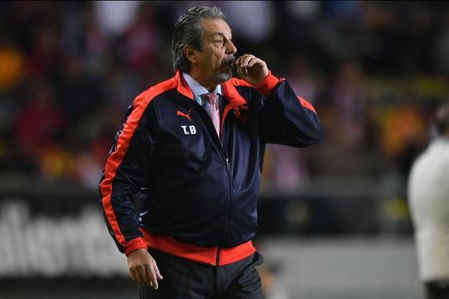 Tomás Boy considera a un jugador de Santos para reforzar su defensa
