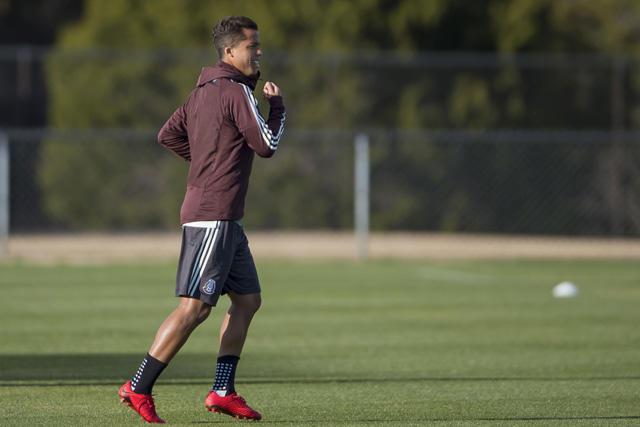 Giovani Dos Santos podría llegar al futbol de Brasil
