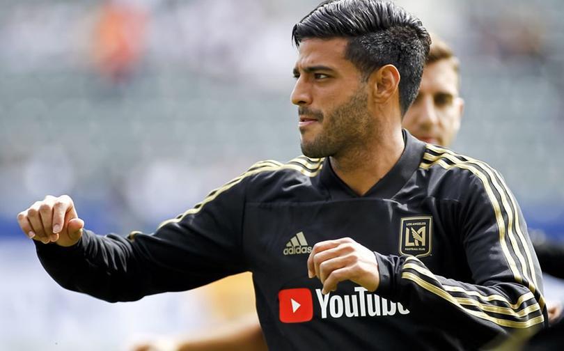A Carlos Vela le está quedando pequeña la MLS