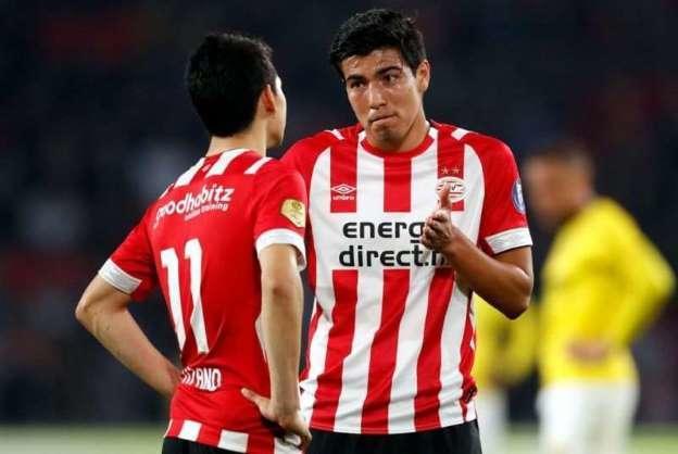 HIrving Lozano y Erick Gutiérrez jugando en el PSV