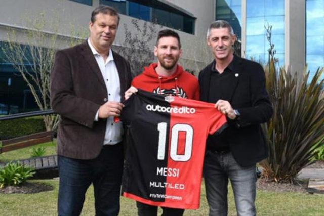 Lionel Messi aprovechó la concentración con Argentina para visitar a Newell's