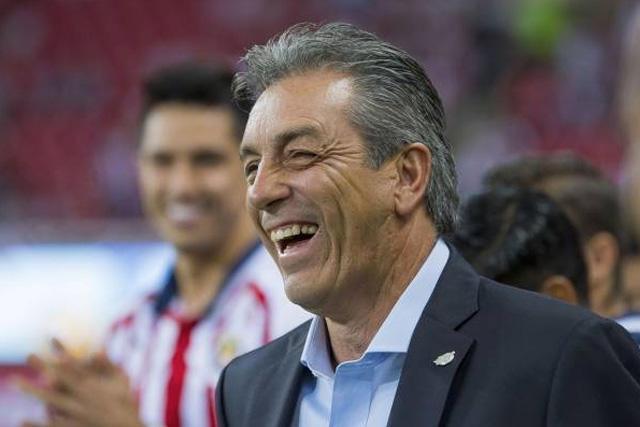 Chivas ya hizo oficial la llegada de su primer fichaje