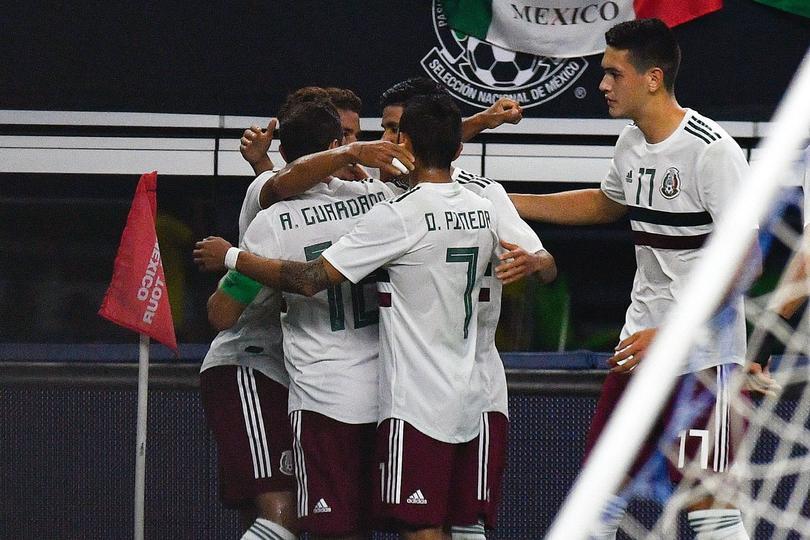 México venció tres goles a dos a Ecuador