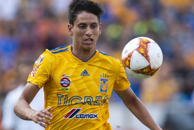 Jürgen Damm estaría muy cerca de llegar a Chivas