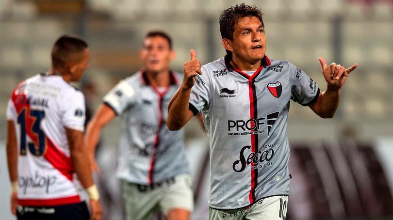 Pulga Rodríguez con Colón