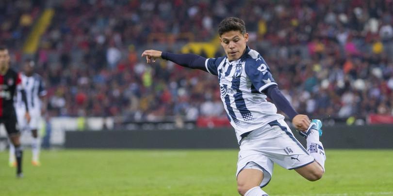 Arturo González y su problema por no sumar minutos con Rayados