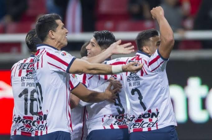 Chivas busca más jugadores para el próximo torneo