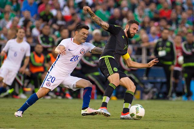 México puede jugar en Conmebol y Concacaf, para Caixinha