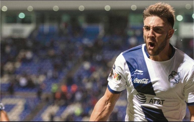 Lucas Cavallini celebrando un gol.