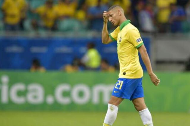 Richarlison es baja de Brasil por paperas