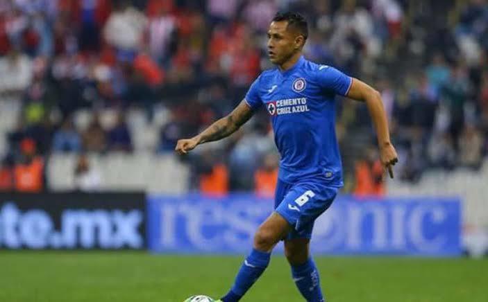 Yoshimar Yotún podría recibir ofertas para dejar al Cruz Azul