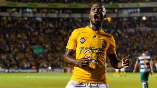 Enner Valencia podría regresar al futbol europeo