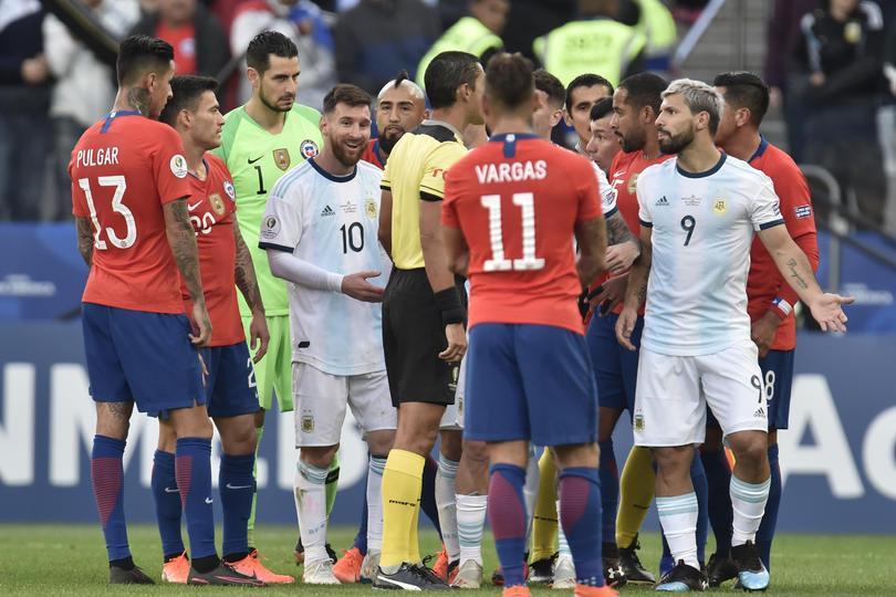 Expulsión a Lionel Messi y a Gary Medel en Copa América