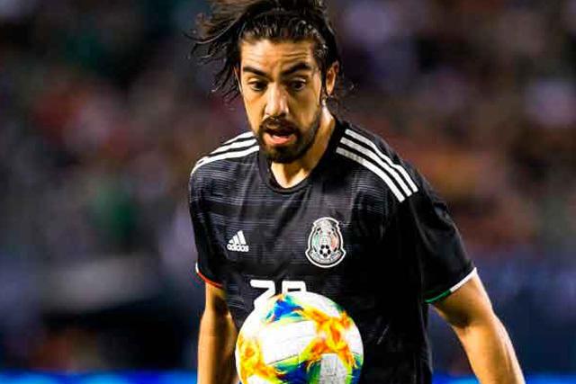 Rodolfo Pizarro sufrió una terrible lesión en el codo izquierdo