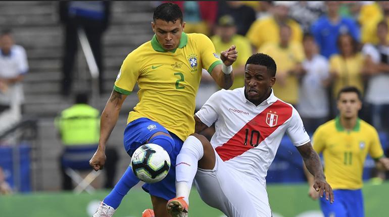 Thiago Silva pide respeto hacia su selección por toda la historia llena de éxitos