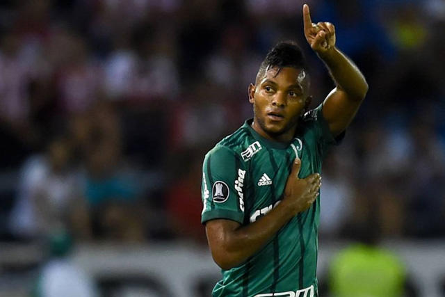 Miguel Borja cerca de regresar al futbol de Colombia