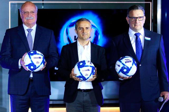 La Liga MX presentó el nuevo balón de la Liga MX