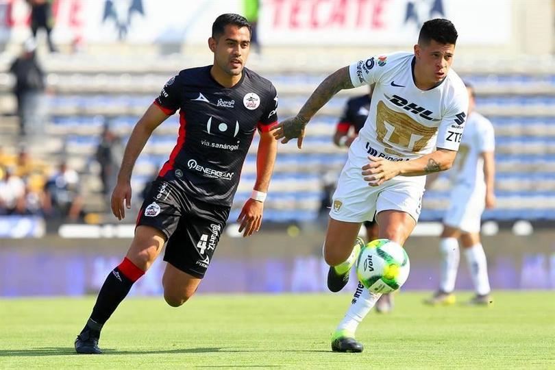 Juan Manuel Iturbe en partido en contra de Lobos