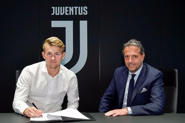 Matthijs de Ligt ya firmó su contrato para ser jugador de la Juve