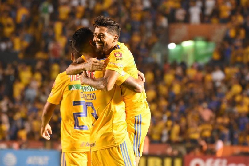 Tigres venció a Morelia cuatro goles a dos en el Volcán