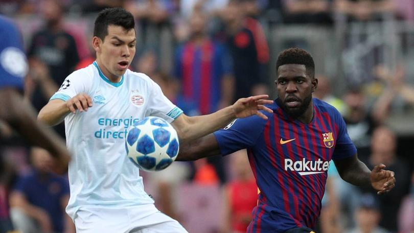 Hirving Lozano vs Barcelona en Champions League