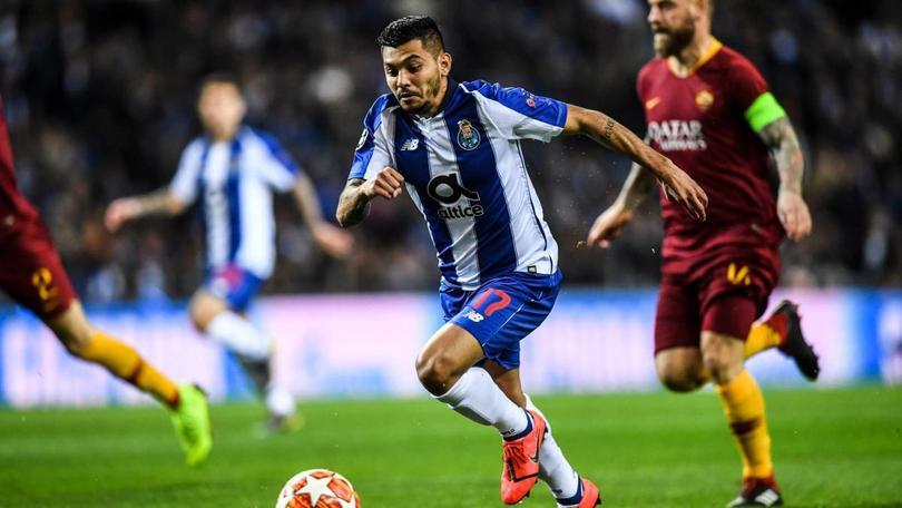 Jesús Corona vs Roma en Champions