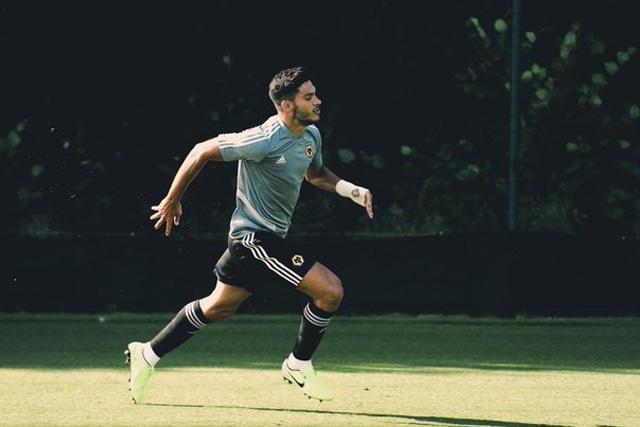 Raúl Jiménez ya regresó a los entrenamientos y está listo para jugar Europa League