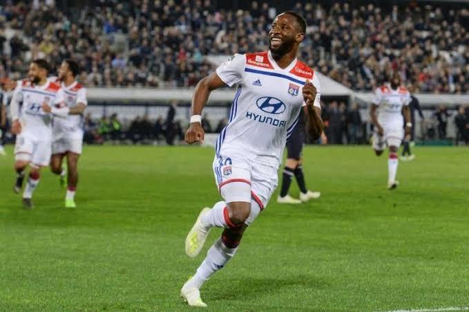 Moussa Dembele interesa al Manchester United