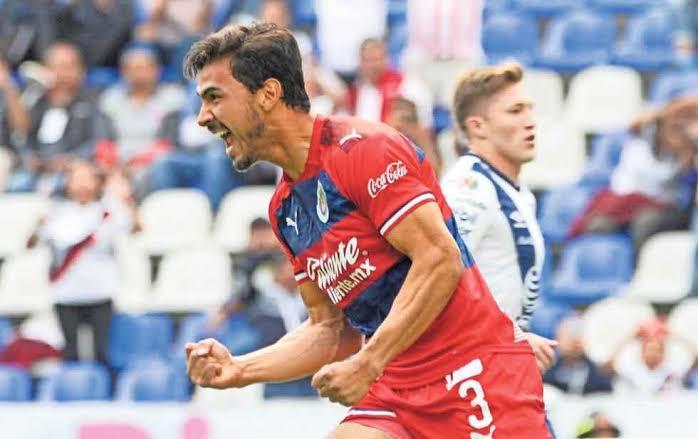 Oswaldo Alanís marcó de penal ante el Puebla