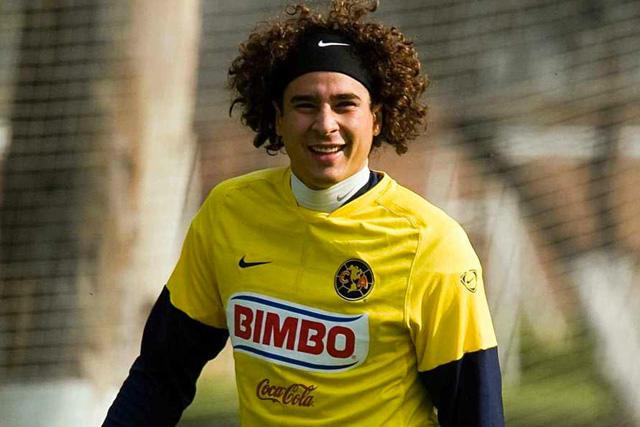 Memo Ochoa sería el jugador mejor pagado del América