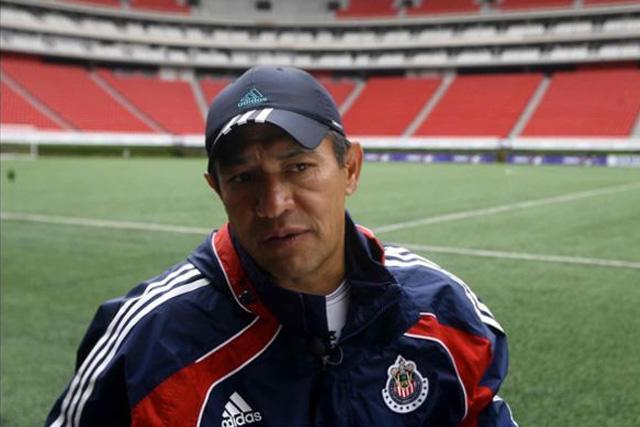 Nacho Ambriz le tiró a Chivas