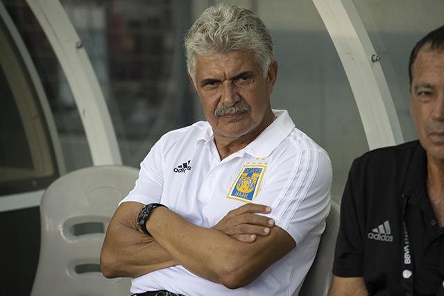 Ricardo Ferretti se dejó ir contra la afición del América