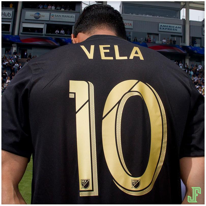 Carlos Vela lleva 27 goles y 15 asistencias en 27 partidos en la actual temporada. Es el actual líder de goleo de la MLS, tiene al LAFC en primer lugar de la tabla y ya clasificados a los playoffs. ¡ES UN FENÓMENO!