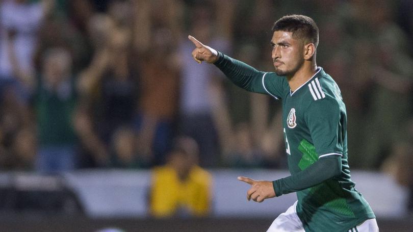 Víctor Guzmán quedó fuera de la Selección