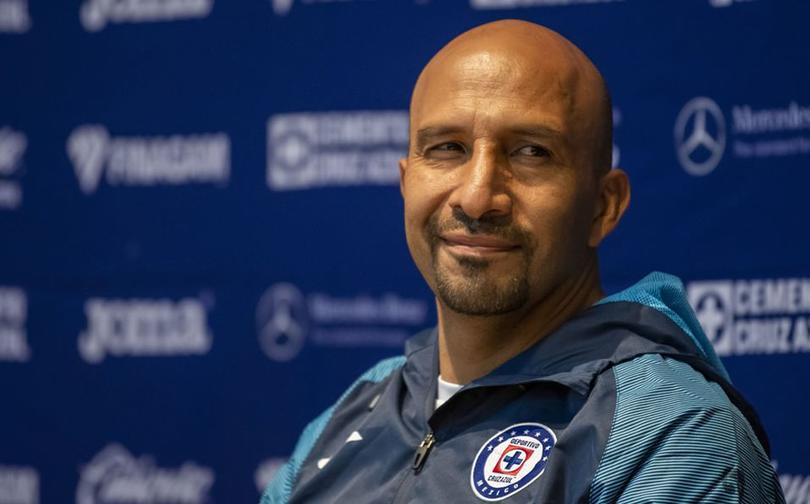 ¡Conejo Pérez sería entrenador en Cruz Azul!