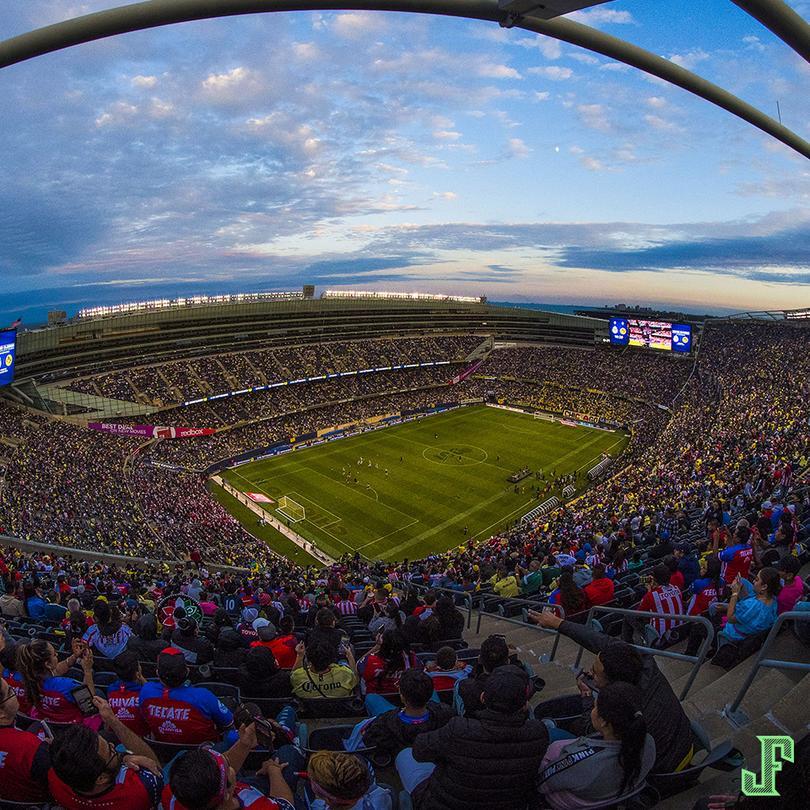 América y Chivas llenaron el estadio de los Osos de Chicago