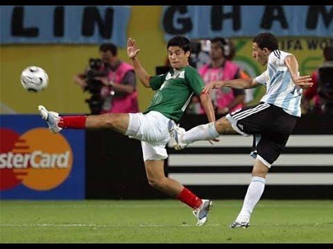 Maxi anoto un golazo para clasificar a Argentina en 2006