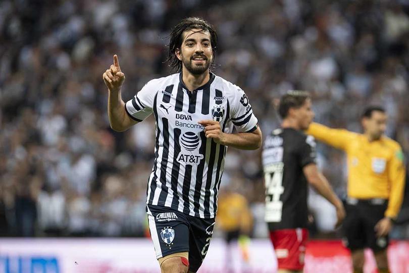 Rodolfo Pizarro contesta sobre los rumores que lo ponen fuera de Rayados