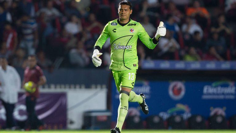 ¡Insólito! Melitón Hernández fue portero y preparador físico ante Cruz Azul