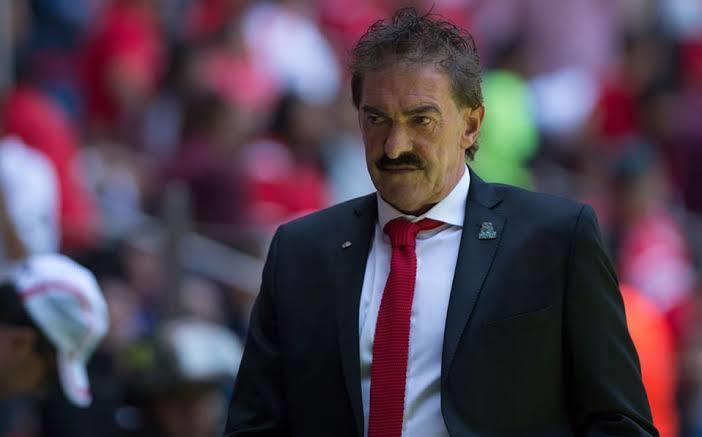 Ricardo la Volpe dejó en claro que no renunciará al Toluca