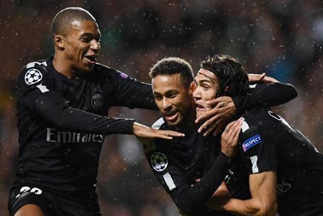 Mbappé, Neymar y Cavani son baja para el debut del PSG en Champions