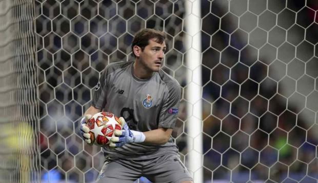 Iker Casillas elige al mejor portero del mundo en su cuenta de Twitter