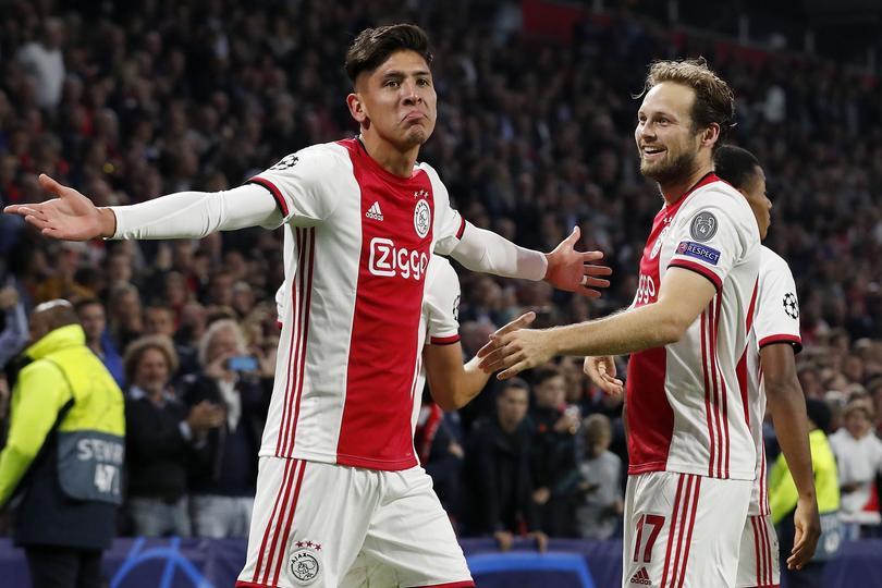Edson Álvarez marcó el segundo gol del Ajax al Lille