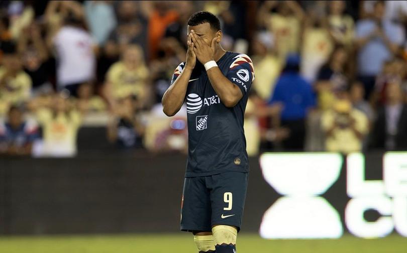 Roger Martínez deja al América para irse a Colombia
