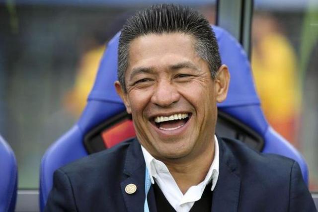 Nacho Ambriz tuvo que ganar el premio The Best a entrenador