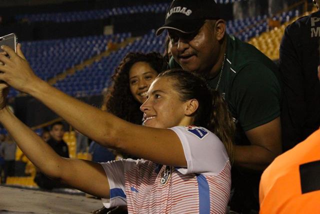 Sofía Huerta fue acosada después del juego contra Tigres