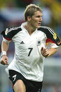 Schweinsteiger debuto en 2004 con Alemania