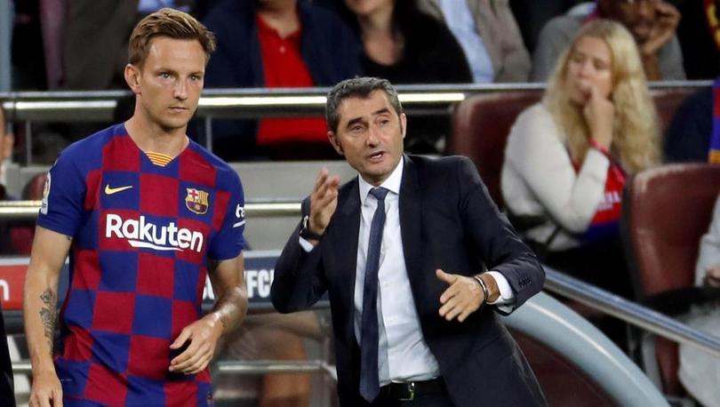 Rakitic podría salir del Barça por falta de minutos