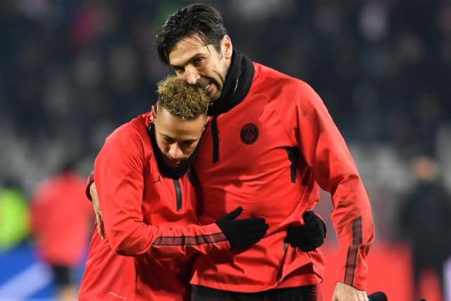 Buffon llenó de elogios a Neymar y Mbappé